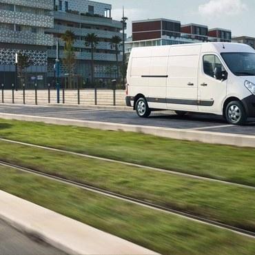 Renault Automobiles –  Auberives-sur-Varèze - Véhicules utilitaires